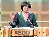 Jaye P. Morgan gives the contestant $800 more
